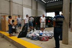 Delivering clothing to the people of Jalapa de Diaz