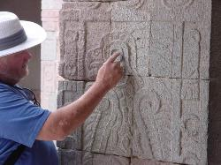 Neil Steede explaining the meaning of the glyph at Teotihuacan.